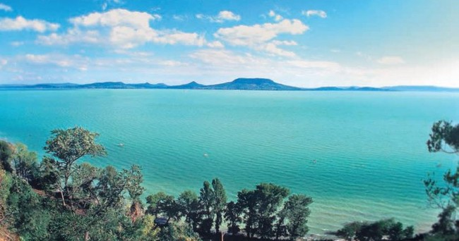 LakeBalaton - Measuring Water Quality
